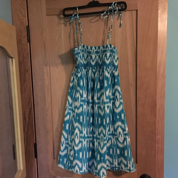 Flowers Dresses & Skirts - Teal Aztec print dress size large bow straps